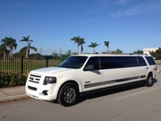 Special deals for renting a limo for your  wedding in Miami